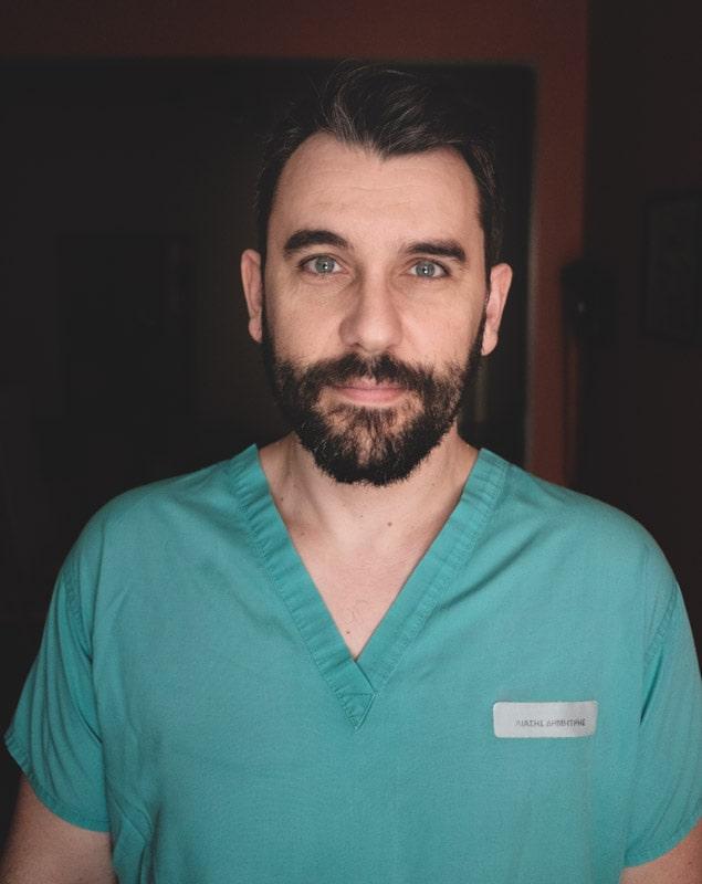 Δημήτρης Λιάσης, παιδοχειρουργός (πορτραίτο)